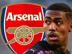 Wenger distances Arsenal from £40m Malcom move