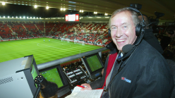 What football team does commentator Martin Tyler support?