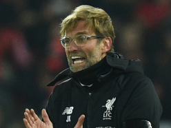 VIDEO: Fan gatecrashes press conference to ask Klopp about...cake?!