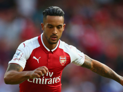 Allardyce admits Arsenal forward Walcott is a top target for Everton