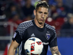 Galaxy sign Bingham after trade with Earthquakes
